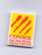 Fève PERSO - Puzzle LES PYRENEES ORIENTALES Département 66 / Conseil Général - Regio's