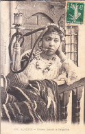 ALGERIA - Meriem Fumant Le Narguileh, Animata, Viagg. 1910, Scollata -NOV-26-23 - Algeria