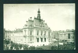 FRANCE  -  Levallois-Perret  Hotel De Ville Et Jardin  Vintage Postcard  As Scans - France