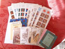 Rare Vente de 63  carnets Croix Rouge  pour collectionneurs ou affranchissement  � 15 % du prix catalogue