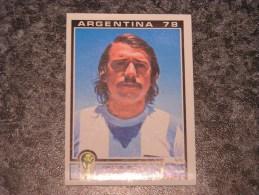 Argentine OMAR RUBEN LARROSA  World Cup Story Argentina 78 PANINI Original Sticker N° 102  Vignette Autocollante - Edition Française