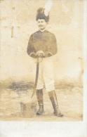 Soldat Cosaque Avec Son Sabre - Carte R. Guilleminot Non Circulée - Uniformes