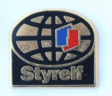 Pin's STYRELF - Le Logo ELF - La Mappemonde - Zamac - D1265 - Fuels