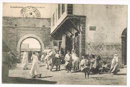 MAROC - Casablanca - La Porte De Marrakech - Scène De Rue Passante - Enfants - Femmes Voilées - Casablanca