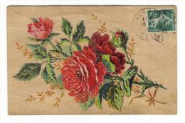 CPA  EN  BOIS  MASSIF  ( Fleurs , Roses Rouges Peintes Sur Bois ) /  Edit.  V & F , Paris  /  A Voyagé En 1912 - Postcards