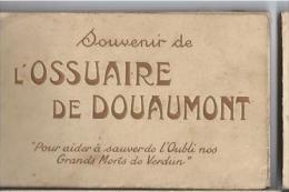 DEP 55 DOUAUMONT SOUVENIR DE L'OSSUAIRE CARNET DE 20 CARTES - Douaumont