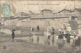 SOULAC SUR MER - 33 -   Groupe D'Enfants Dans La Baine  - ENCH11  - - Soulac-sur-Mer