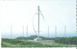 L'eolienne De Cap-Chat, Gaspesie, D'une Hauteur De 350 Pieds 350 Feet High, The Aeolian Of Cap-Chat, Gaspesie - Gaspé