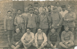 GUERRE 1914-18 - Carte Photo Prisonniers De Guerre à LUDWIGSHAFEN En ALLEMAGNE - War 1914-18