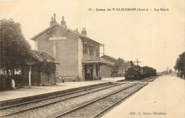 VALDAHON GARE AVEC TRAIN - Stations With Trains