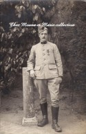 1917 CPA CARTE PHOTO MILITAIRE 9 EME REGIMENT CROIX DE GUERRE UNE ETOILE 2 CHEVRONS 2176 - Personnages