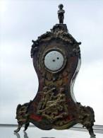 RARE - LOUIS XIV - Porte-montre - Enfant Pissant Sur Le Temps - Marqueterie Mode Boulle, Fin XVIIe Déb. XVIIIe Siècle - Other