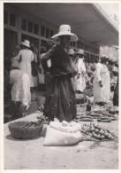 GUADELOUPE .- Marché   ( Le Parisien Libéré Archives ) - Fotos