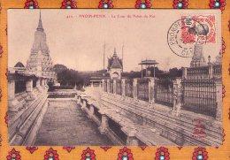 1 Cpa  Pnom Penh Cour Du Palais Du Roi - Timbre 1913 - Cambodia