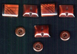 8 Boutons Anciens - Buttons