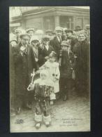 Souvenir du Carnaval de Binche Le plus jeune gille