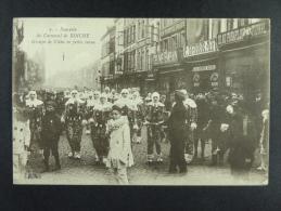 Souvenir du Carnaval de Binche Groupe de Gilles en petite tenue