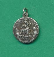 NOSTRA SIGNORA DEI MIRACOLI SANTUARIO DI CICAGNA DEL 1537 - Italie
