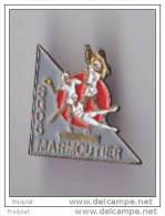PINS  THEME  HANDBALL  TENNIS  GYMNASTIQUE  CLUB DE MARMOUTIER DANS LE BAS RHIN - Pallamano