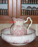 Superbe ancien ensemble de toilette rose SAINT AMAND et HAMAGE, mod�le NIGELLA  (1900 / 1910) TBE.