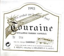 """LOT 3 ETIQUETTES BOUTEILLE VIN - Touraine Cabernet E.Routy 93 Et Coulée Galante Godet 2002, Médoc """"Chat. Queyzans""""92 - Collections & Sets"""