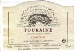 """LOT 3 ETIQUETTES BOUTEILLE VIN - Touraine Priou Cabernet Et Pinot Noir, Médoc """"Chat. Queyzans""""92 - Collezioni & Lotti"""
