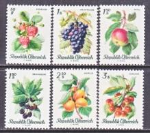 AUSTRIA  778-83   **  FRUITS  &  BERRIES - 1961-70 Unused Stamps