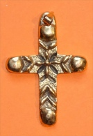 Pendentif - Croix En Bronze 6,3cm - Signée M. Bullet - Pendentifs