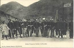 DOUANES - Soldats Français Et Italiens à La Frontière - Douane