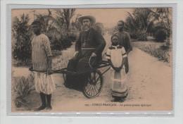 Congo Français Le Pousse-pousse épiscopal Attelage Mgr Audouard Travail Des Enfants - Kongo - Brazzaville