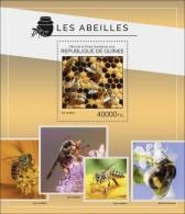 Guinea. 2014 Bees. (403b) - Bienen