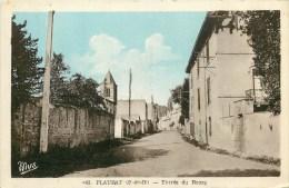 63 - Plauzat - ** Entrée Du Bourg ** - Cpa - Voir 2 Scans. - Unclassified