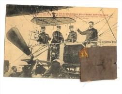 """EXCEPTIONNEL  Carte  avec fragment de l'enveloppe du  dirigeable   le """"REPUBLIQUE"""" la nacelle"""