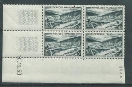 France N° 842A XX Vallée De La Meuse En Bloc De 4 Coin Daté Du 10 . 10 . 50  Sans Charnière, TB - Dated Corners
