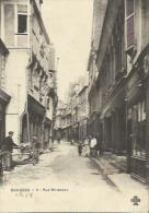 Bourges  18    La Rue Mirabeau Animée-Boucherie-Epicerie Et Peinture-Vitrerie - Bourges
