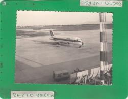 --> PHOTO  AEROPORT TUNIS CARTHAGE MAI 1973 CARAVELLE ALITALIA - 1946-....: Moderne