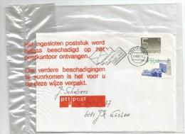 NEDERLAND BESCHADIGD POSTSTUK DOOR PTT POST IN PLASTIEK FOLIE VERPAKT - Zeer Interessant Stuk!! - Period 1980-... (Beatrix)