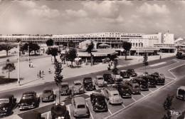 CPSM Dentelée En PF De ROYAN  (17)  -  Boulevard De La Grandière - Le Front De Mer    //  TBE (anciens VL à Voir) - Royan