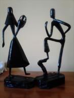 2 BONITAS Y ANTIGUAS FIGURAS DE HIERRO PAYESES MALLORCA,ALTO VALOR,VEAN,RARAS,REPRESENTACIÓN DE PAYESES.UNICOS PARA VENT - Esculturas