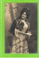 Mistinguette,artiestennaam van Jeanne Bourgeois (Enghien-les-Bains, 5 april 1875 � Bougival, 5 januari 1956) was een Fra
