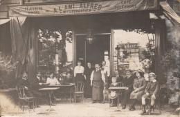 75   PARIS 17  CARTE PHOTO   A L´AMI FRED  17 BOULEVARD MALESHERBES - Arrondissement: 17