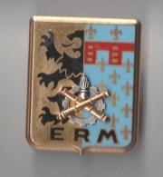 INSIGNE ERM LILLE Etabblissement Régional Du Matériel - FRAISSE PARIS G 2913 - Armée De Terre
