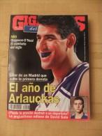 GIGANTES DEL SUPERBASKET, 517, 02-10-1995. OLAJUWON, O´NEAL. ARLAUCKAS. - Revistas & Periódicos
