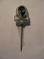 Pin Flora Hondebrood (GA03715) - Animaux