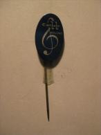 Pin Canlale Nylons (GA05458) - Muziek