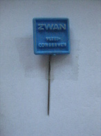 Pin Zwan Vleesconserven (GA5888) - Levensmiddelen