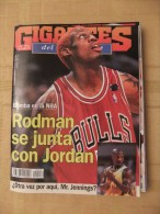 GIGANTES DEL SUPERBASKET, 519, 16-10-1995. DENNIS RODMAN, MICHAEL JORDAN, CHICAGO BULLS, JENNINGS, ESTUDIANTES. - Revistas & Periódicos