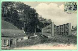 02 GUISE - Le Tunnel Et Le Pont Du Chemin De Fer - Guise