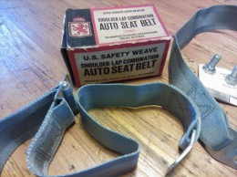 Auto seat belt 50�s