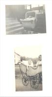 USA - Lot De 2 Photos  (+/- 6,5 X 10 Cm) D´un Bébé Dans Un Landau, Poussette 1921 Et 1922 (b157) - Automobile